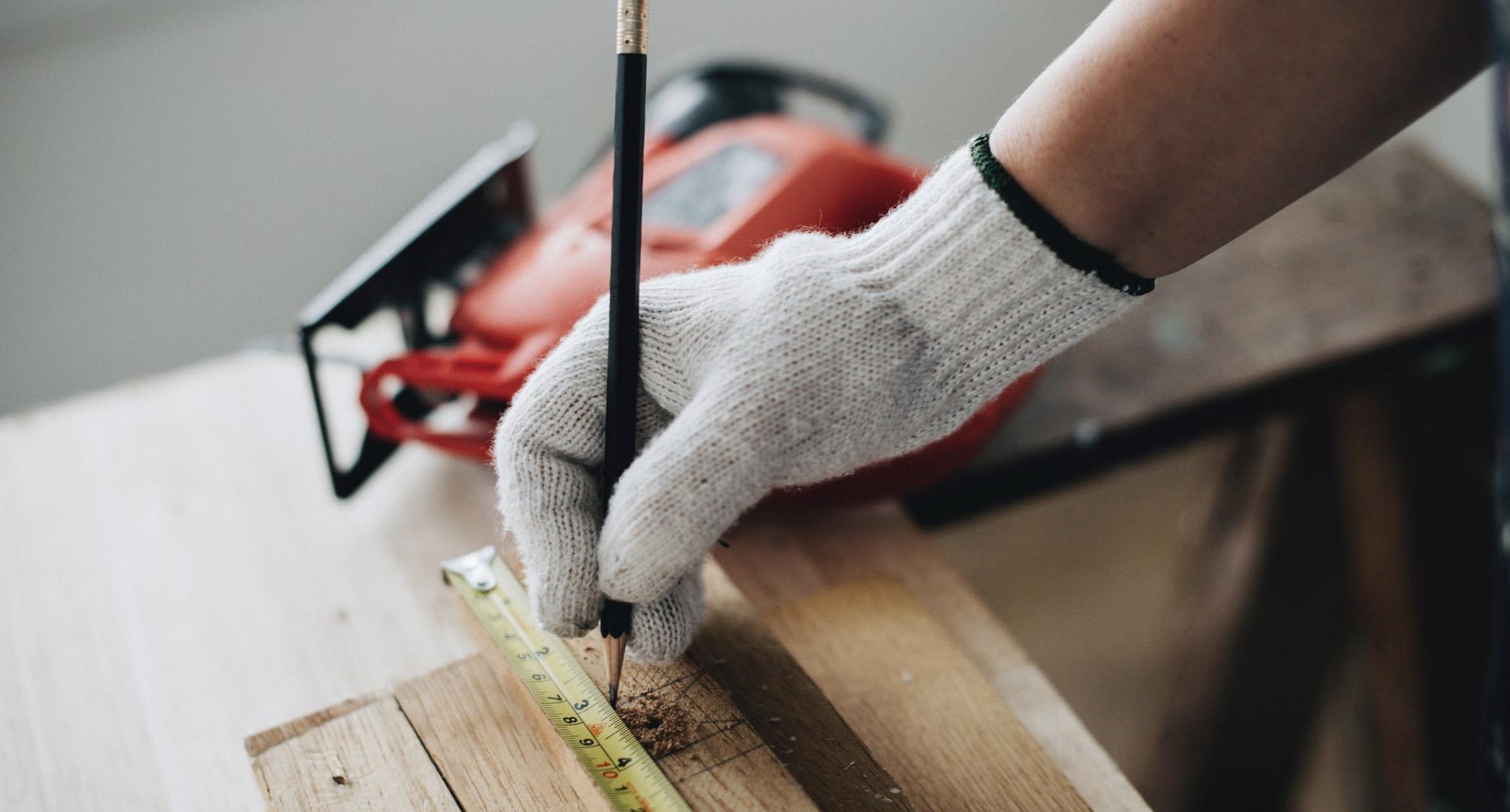 Din tømrer i Holbæk